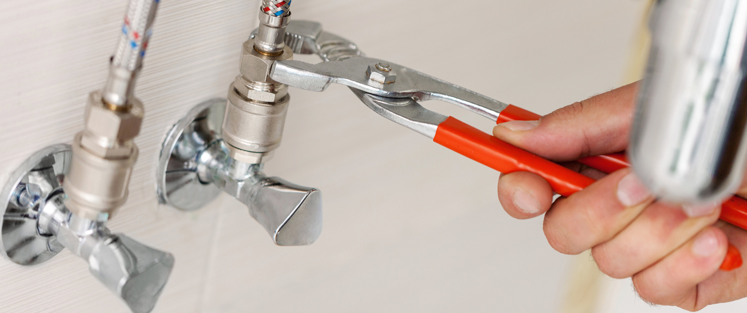 Looking for a reputable plumber? these 5 essential tips will help you get started